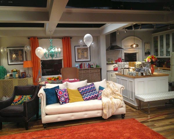 Best Get The Look Mindy S Apartment On Screen Decor The With Pictures
