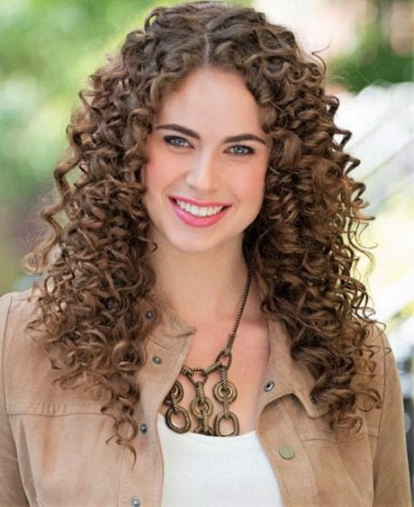 Free Super Curly Hairstyles Wallpaper