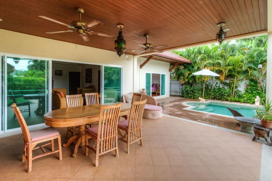 Best 3 Bedrooms Private Pool Villa Phuket Travelmob With Pictures