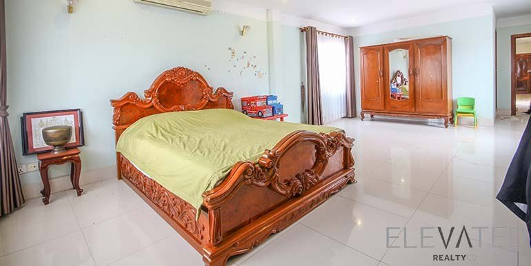 Best Toul Kork 4 Bedroom Townhouse For Rent In Tuek Lak I With Pictures