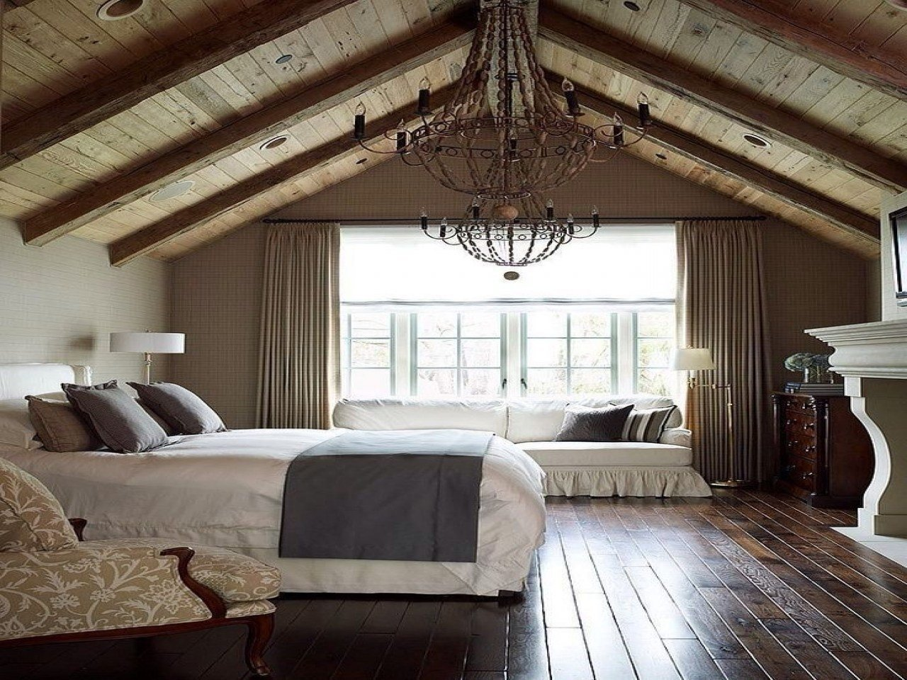 Best Bedroom Decorating Ideas Vaulted Ceilings Designs With Pictures