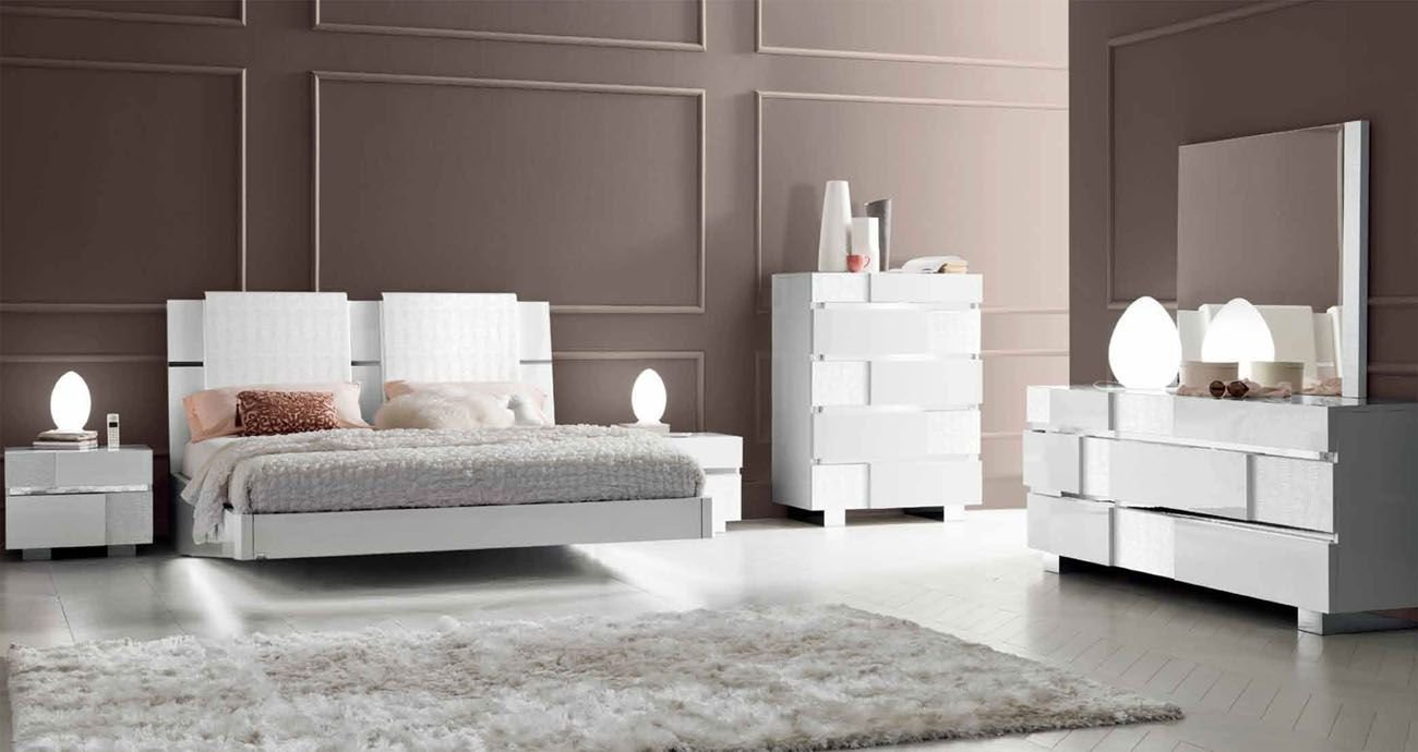 Best Made In Italy Wood Modern Contemporary Master Beds Los Angeles California Esf Status With Pictures