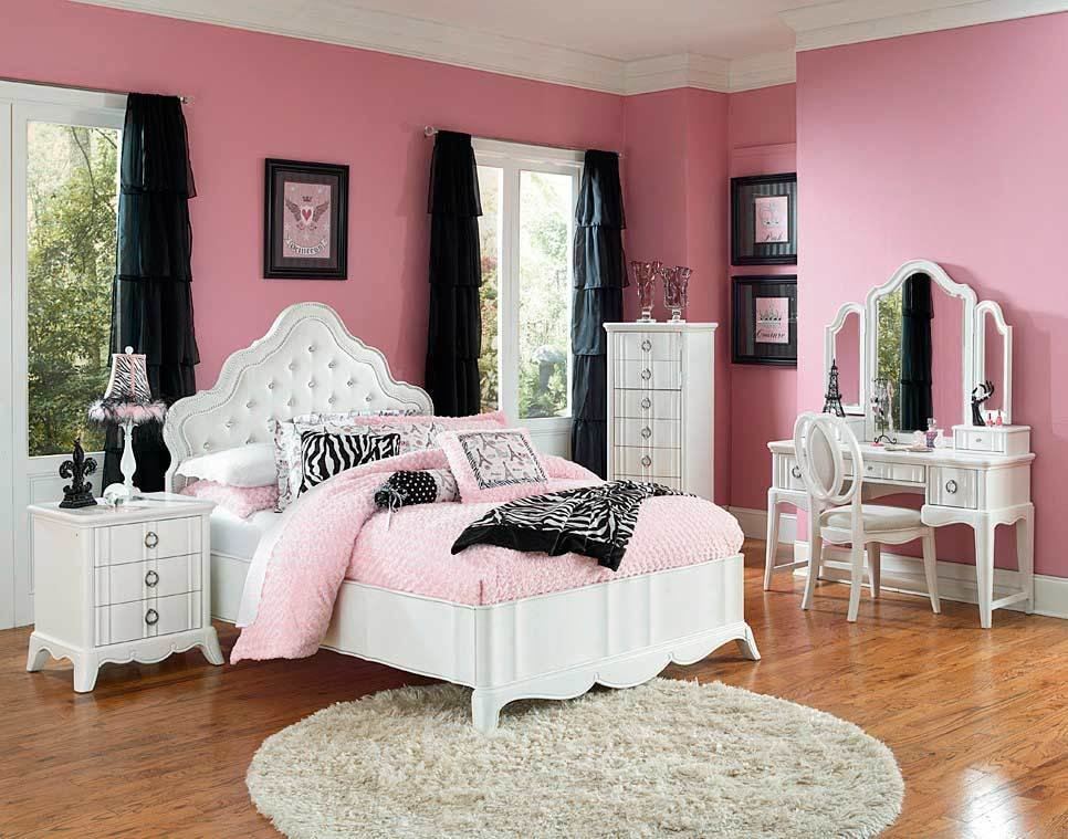 Best White Bed With Crystal Buttons Mn Estella Classic Bedroom With Pictures