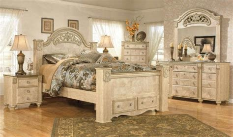 Best 5 Piece Bedroom Set Signature Design By Ashley For Sale With Pictures