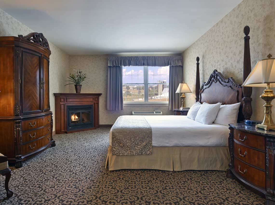 Best 1 2 Bedroom Suites Amishview Inn Suites With Pictures