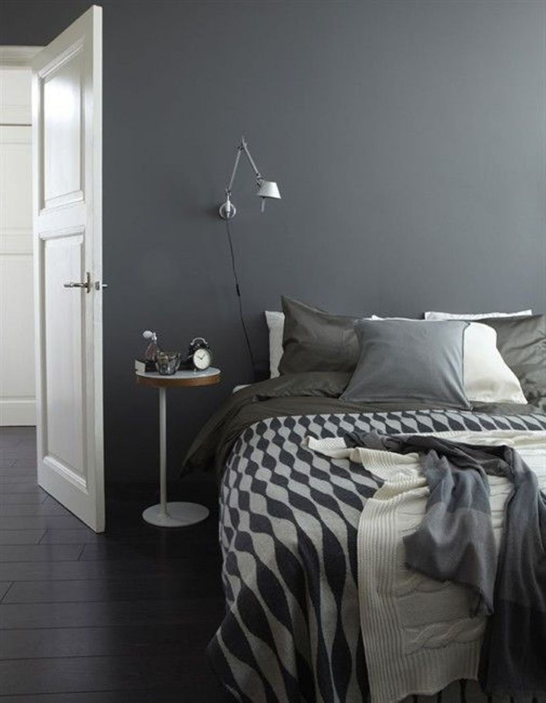 Best Gray Bedroom Design Interiordesign3 Com With Pictures
