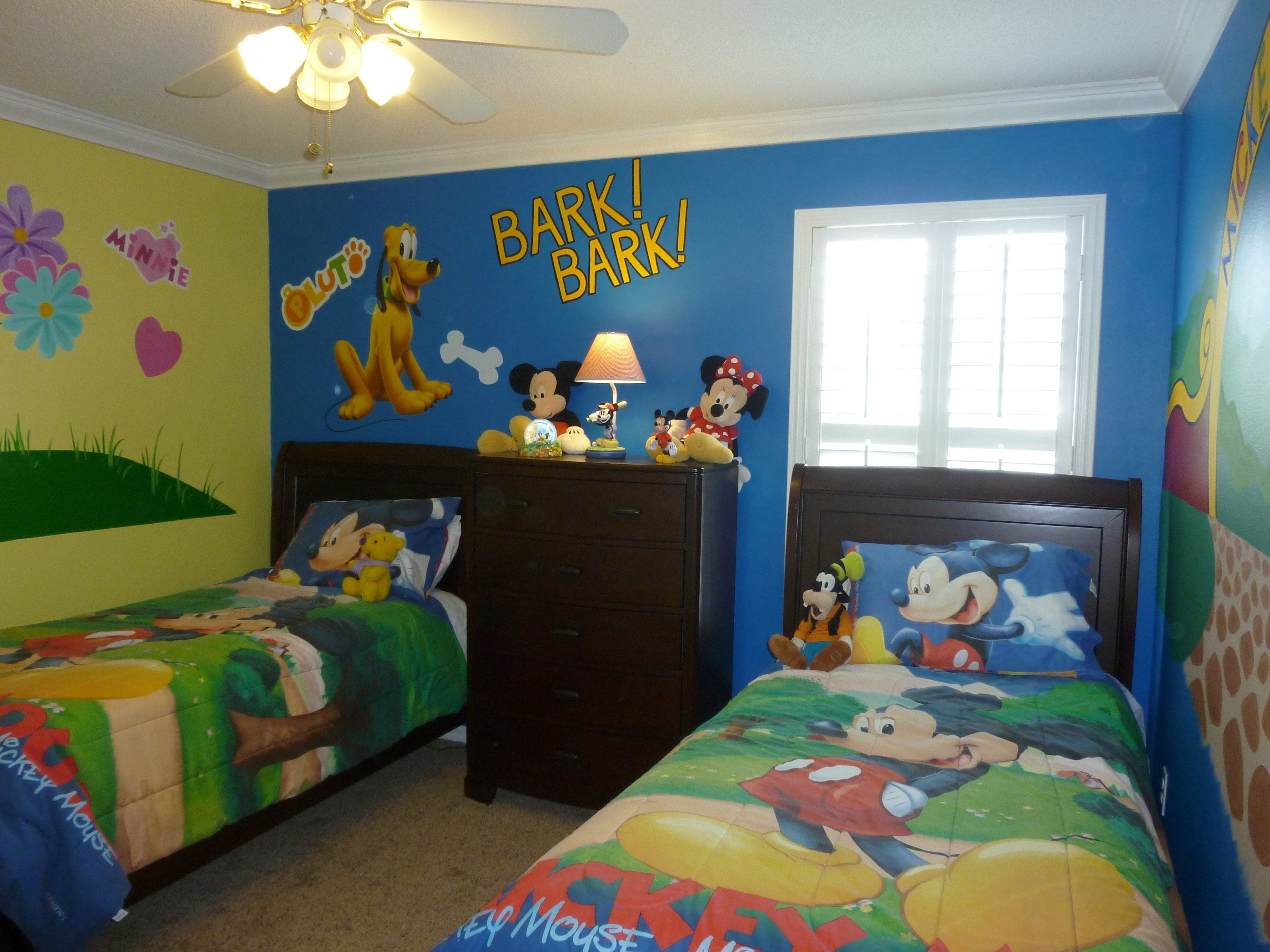 Best Pictures Orlando Florida Vacation Home Six 6 Bedrooms By With Pictures