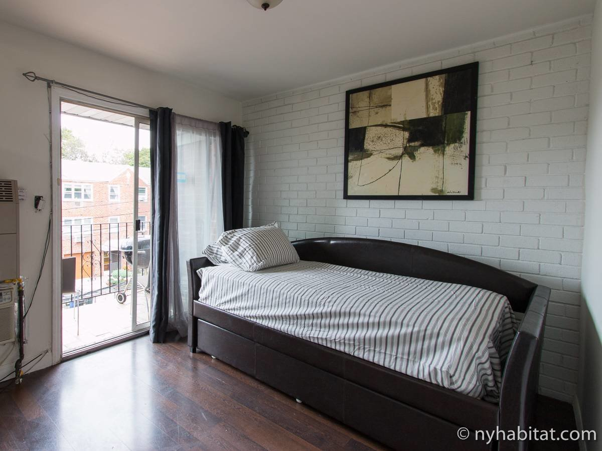 Best New York Roommate Room For Rent In Middle Village Queens 2 Bedroom Apartment Ny 16990 With Pictures