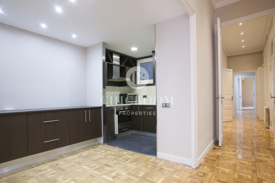 Best 6 Bedroom Apartment For Rent In Eixample With Pictures