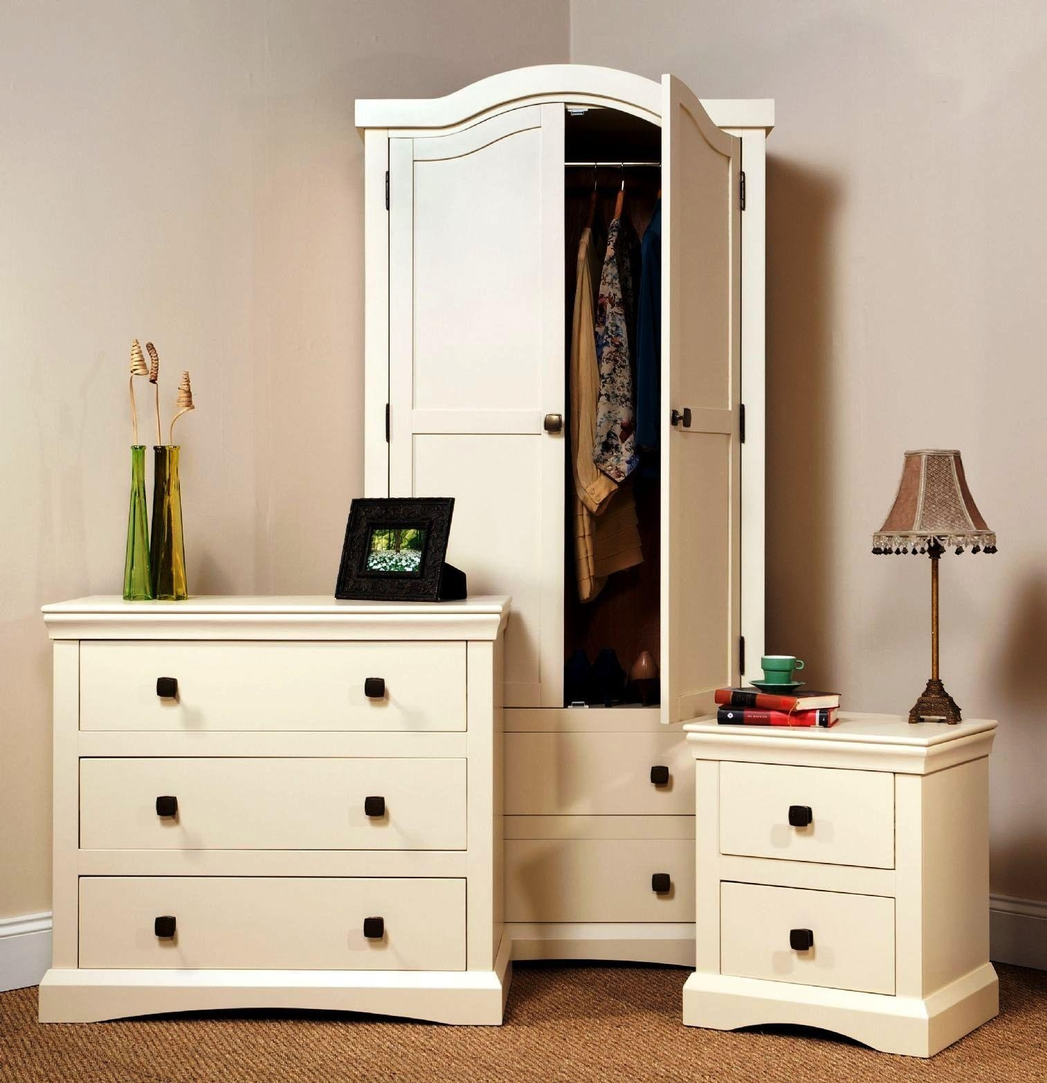 Best Pine Cream Bedroom Furniture Cileather Home Design Ideas With Pictures