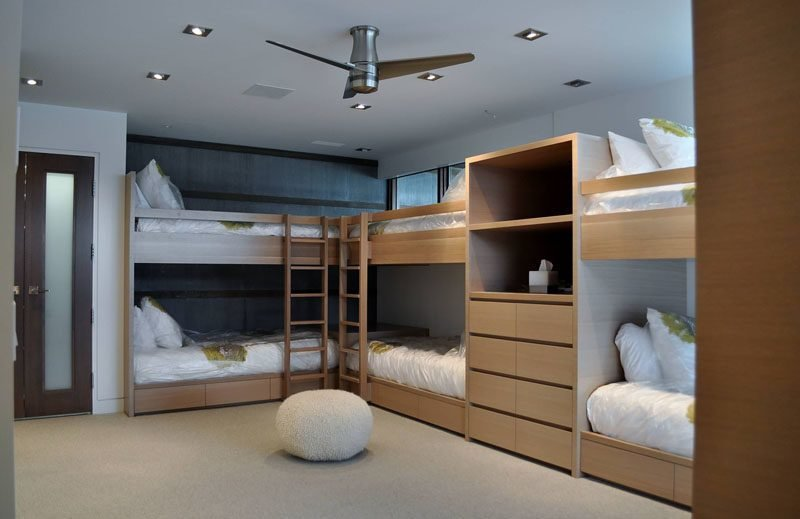 Best Interior Design Ideas For Sleeping Six People In A Room With Pictures