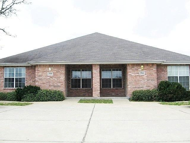 Best Duplex For Rent In 2336 Pheasant College Station Tx With Pictures