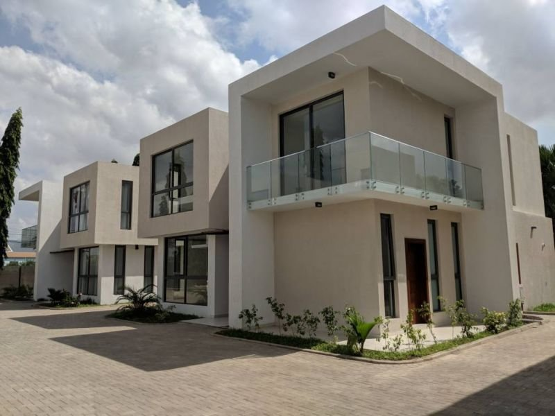 Best Four Bedroom Townhouse For Rent In Roman Ridge Accra With Pictures