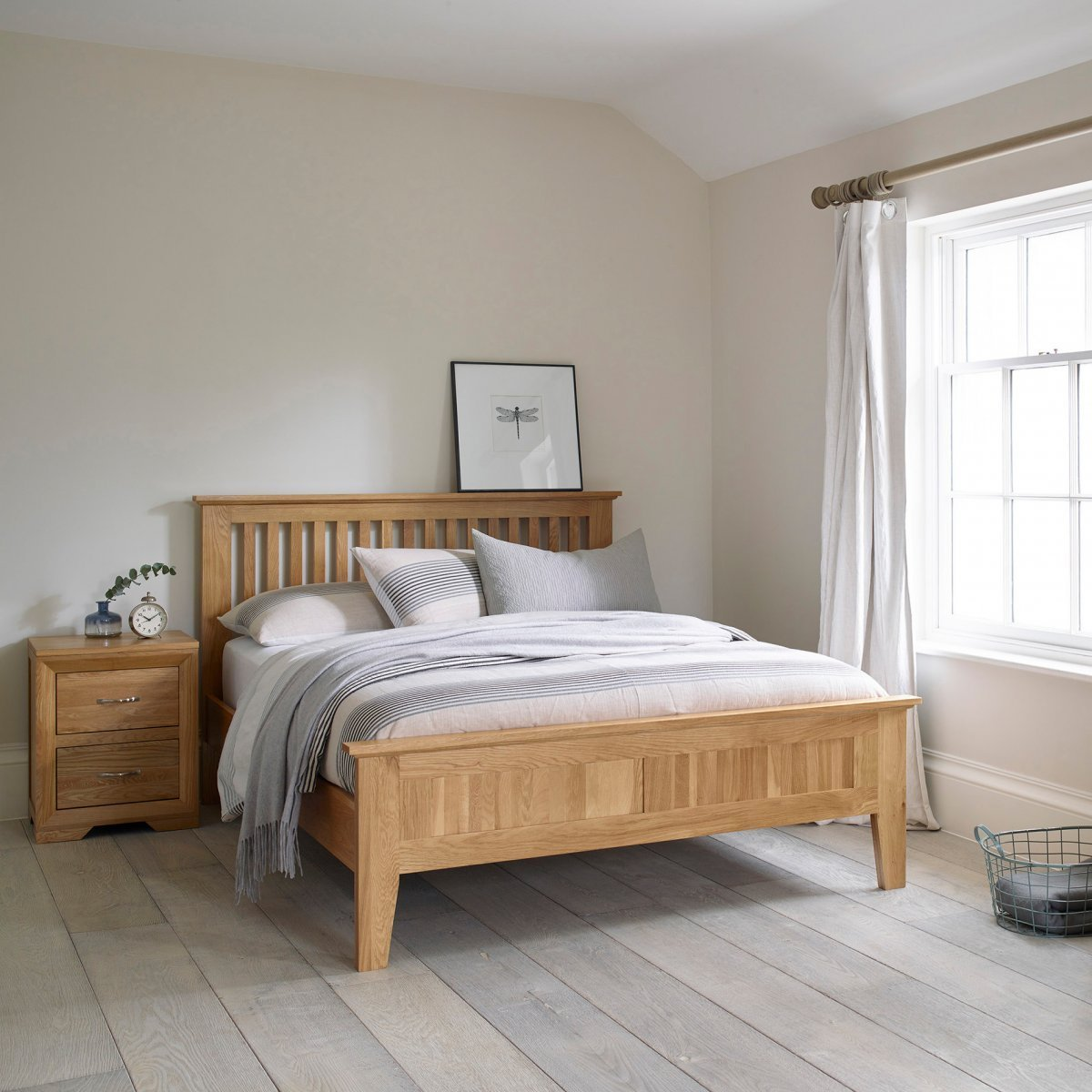 Best Bevel King Size Bed In Natural Solid Oak Oak Furniture Land With Pictures