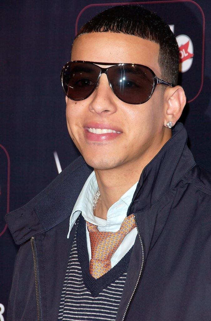 Free More Pics Of Daddy Yankee Classic Jeans 9 Of 10 Daddy Wallpaper
