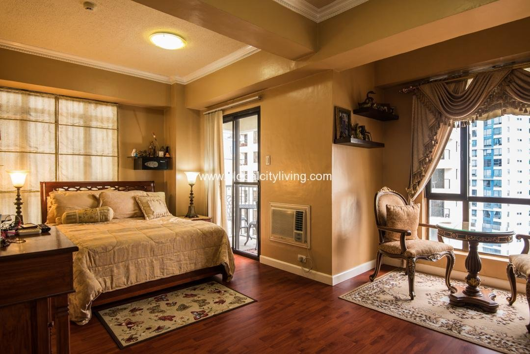 Best Forbeswood Heights 3 Bedroom 3Br Condo For Sale Condos In With Pictures