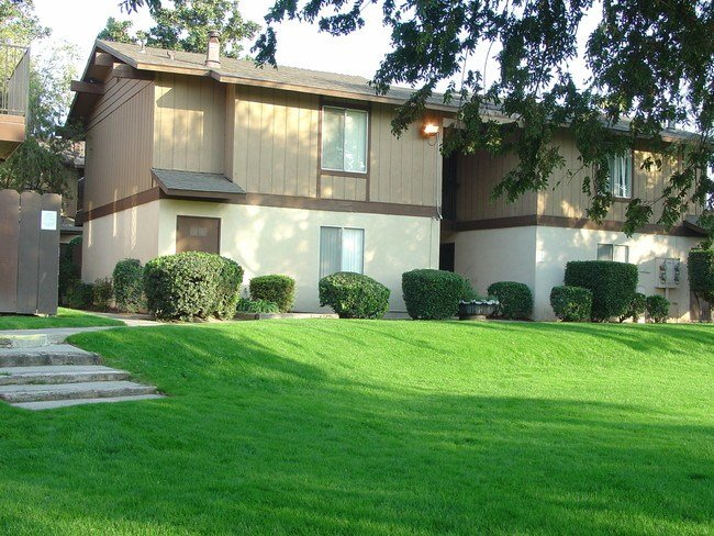 Best One Bedroom Apartments In Fresno Ca Cedar Woods Apartments Fresno Ca Apartment Finder Hyde With Pictures