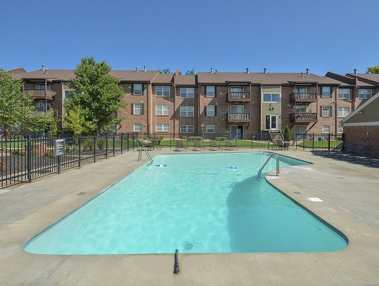 Best Village 1 Apartments Lawrence Ks Apartment Finder With Pictures