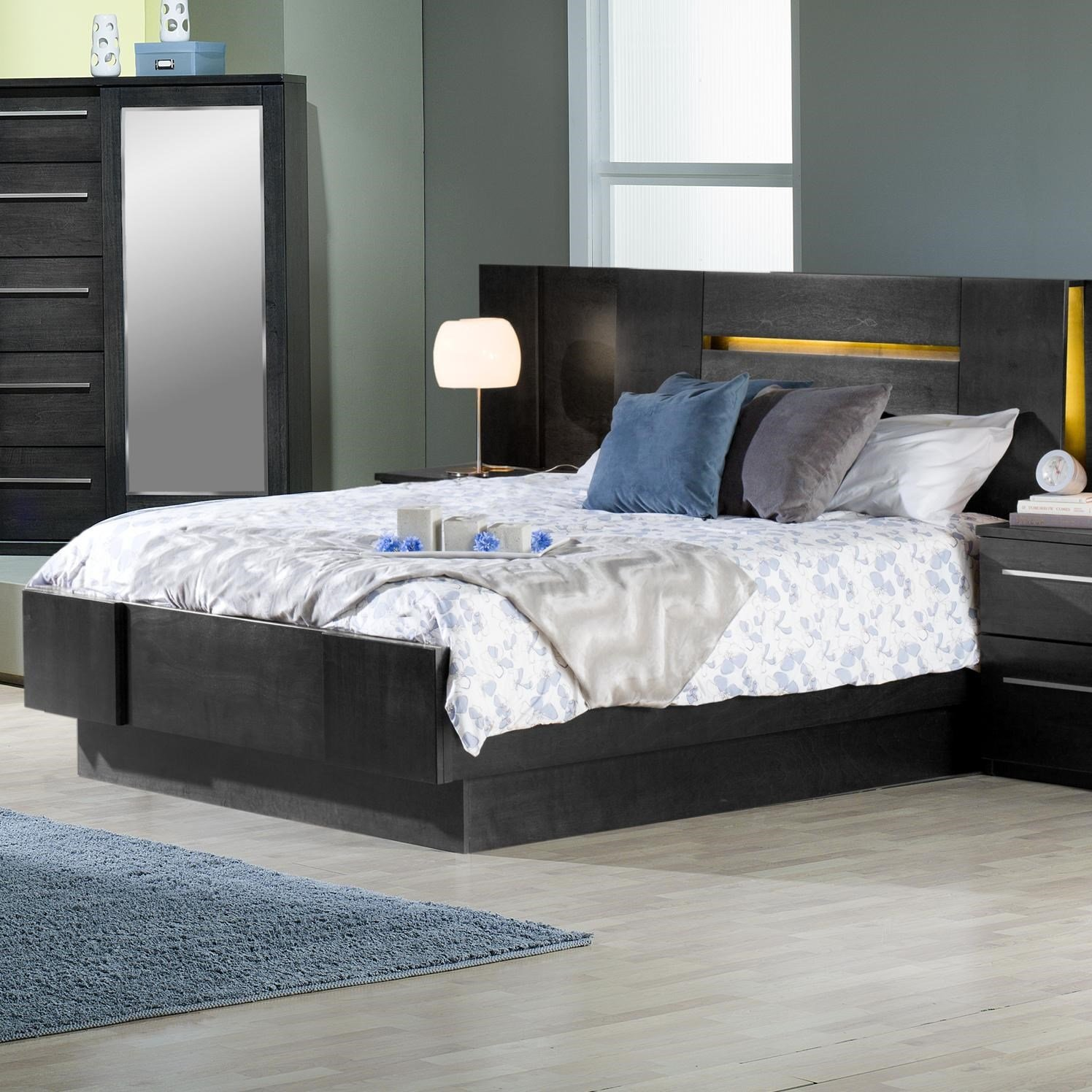 Best Defehr Milano King Platform Bed With 2 Nightstands With Pictures
