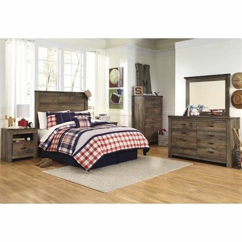 Best Signature Design By Ashley Trinell Full Bedroom Group Standard Furniture Bedroom Groups With Pictures