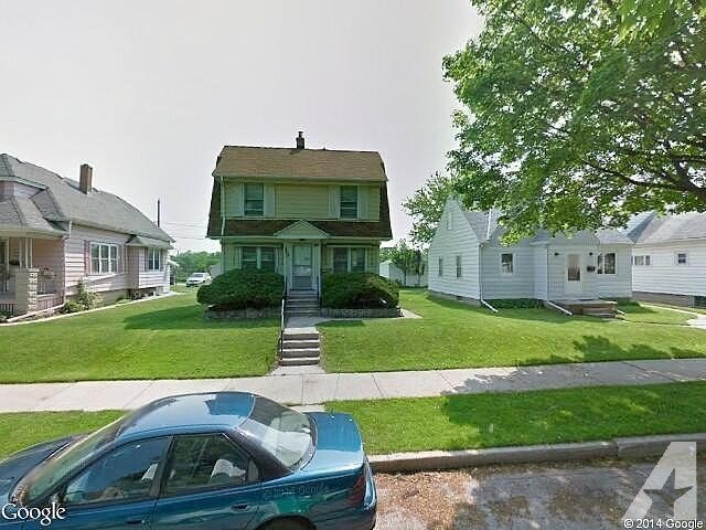 Best 3 Bedroom 1 00 Bath Single Family Home Milwaukee Wi With Pictures