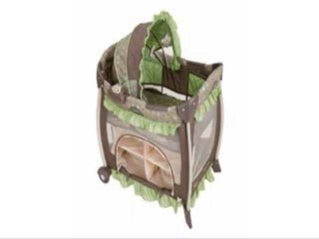 Best Graco Bedroom Bassinet Montreal 9K01Mtl 1750744 Reviews On Vimeo With Pictures