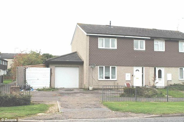 Best Affordable 3 Bedroom Houses With 40 Minute Commute To With Pictures