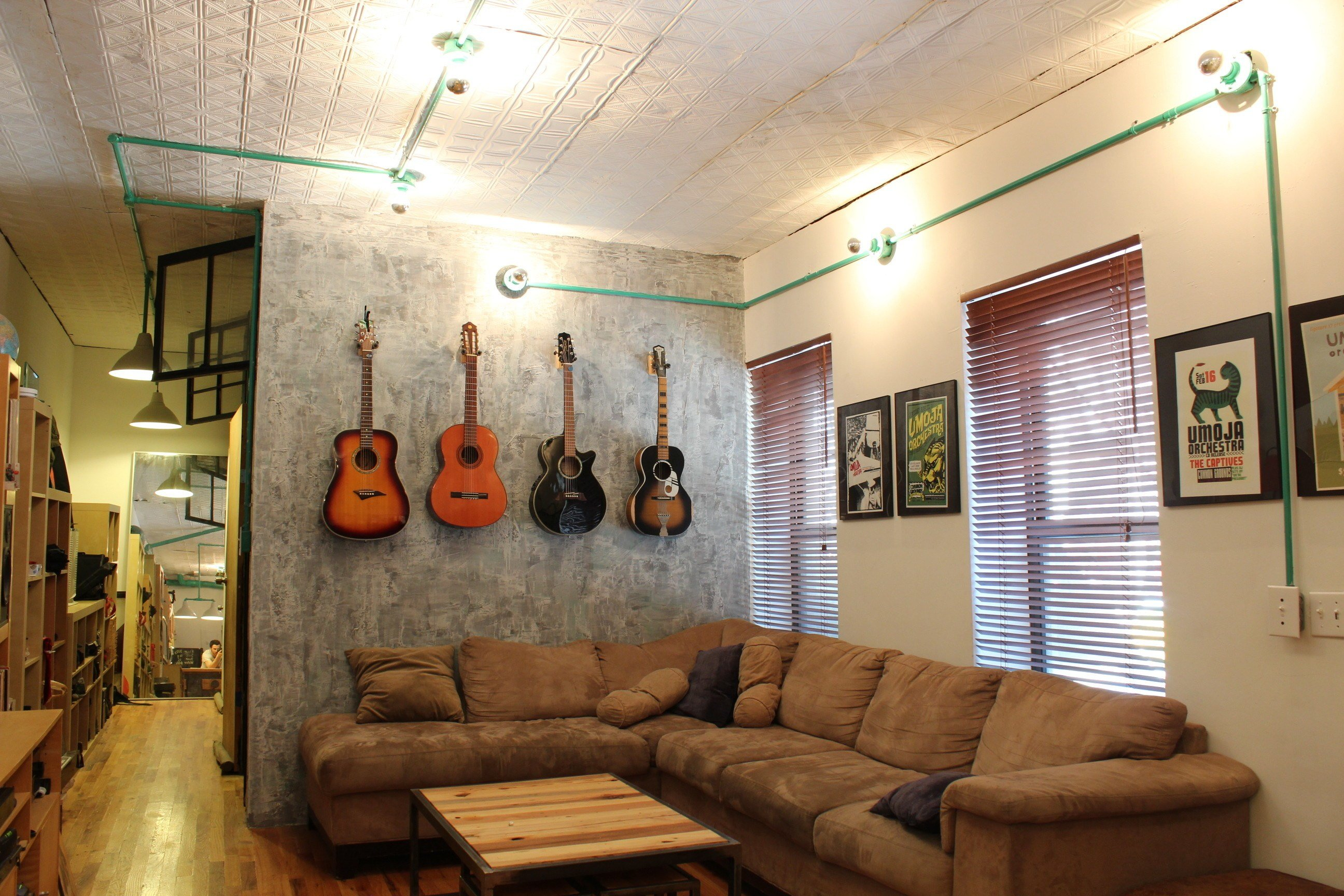 Best Watch This Tiny Studio Transform Into A Two Bedroom With Pictures