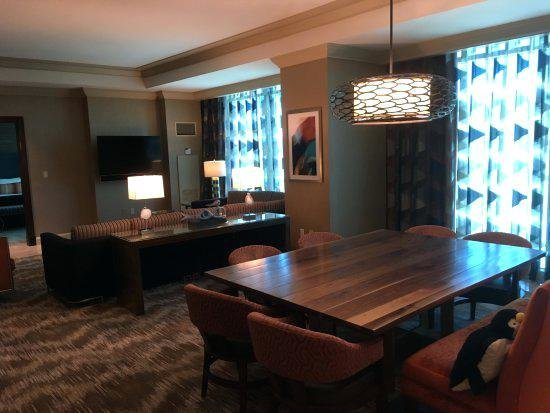 Best Outstanding Mandalay Bay Extra Bedroom Suite Reviews With Pictures