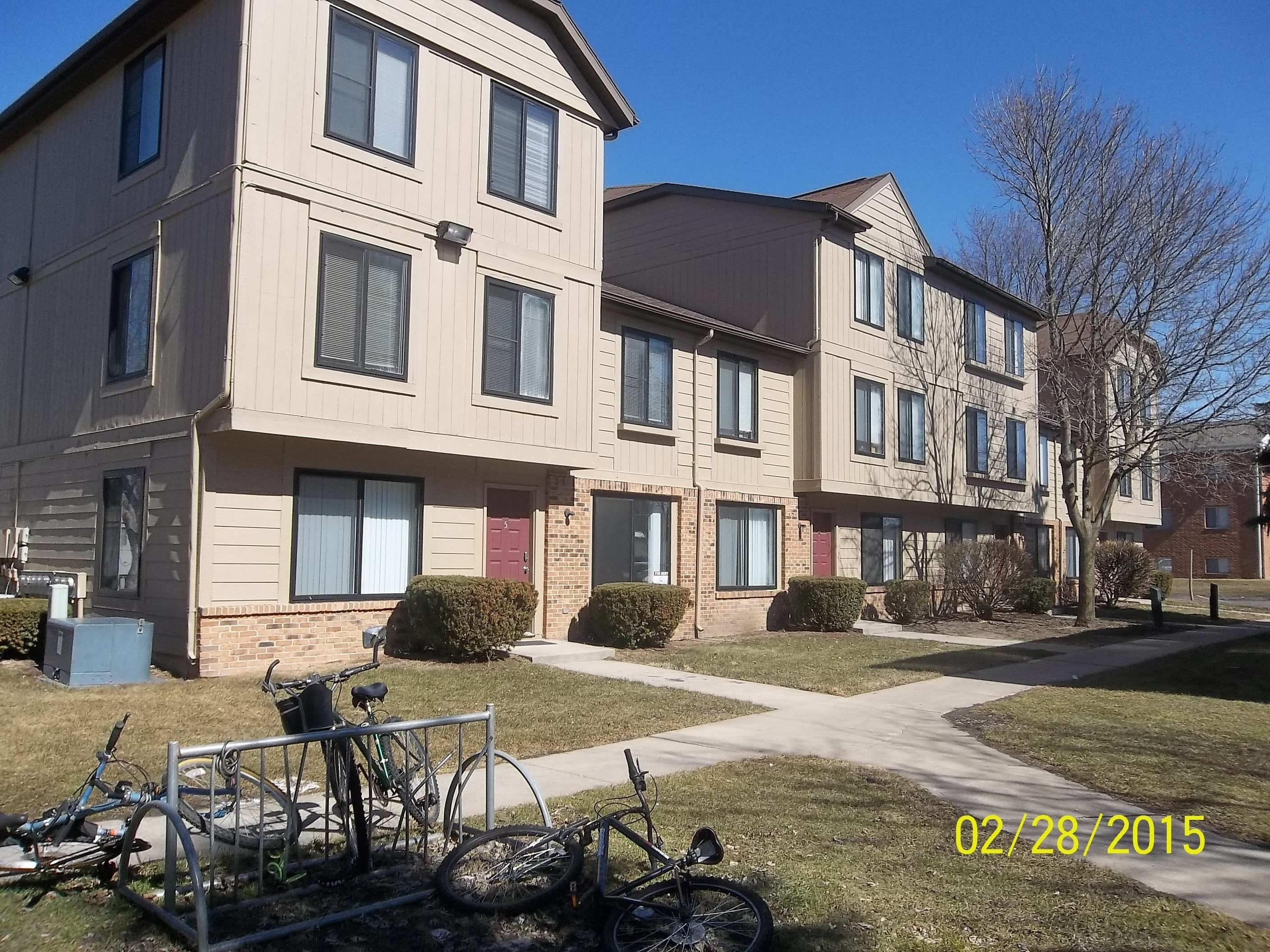 Best Chase Run Apartments City Va United Hickory Lane At W With Pictures