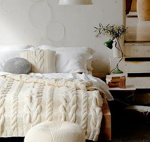 Best 7 Cozy Winter Bedroom Decorating Ideas With Pictures