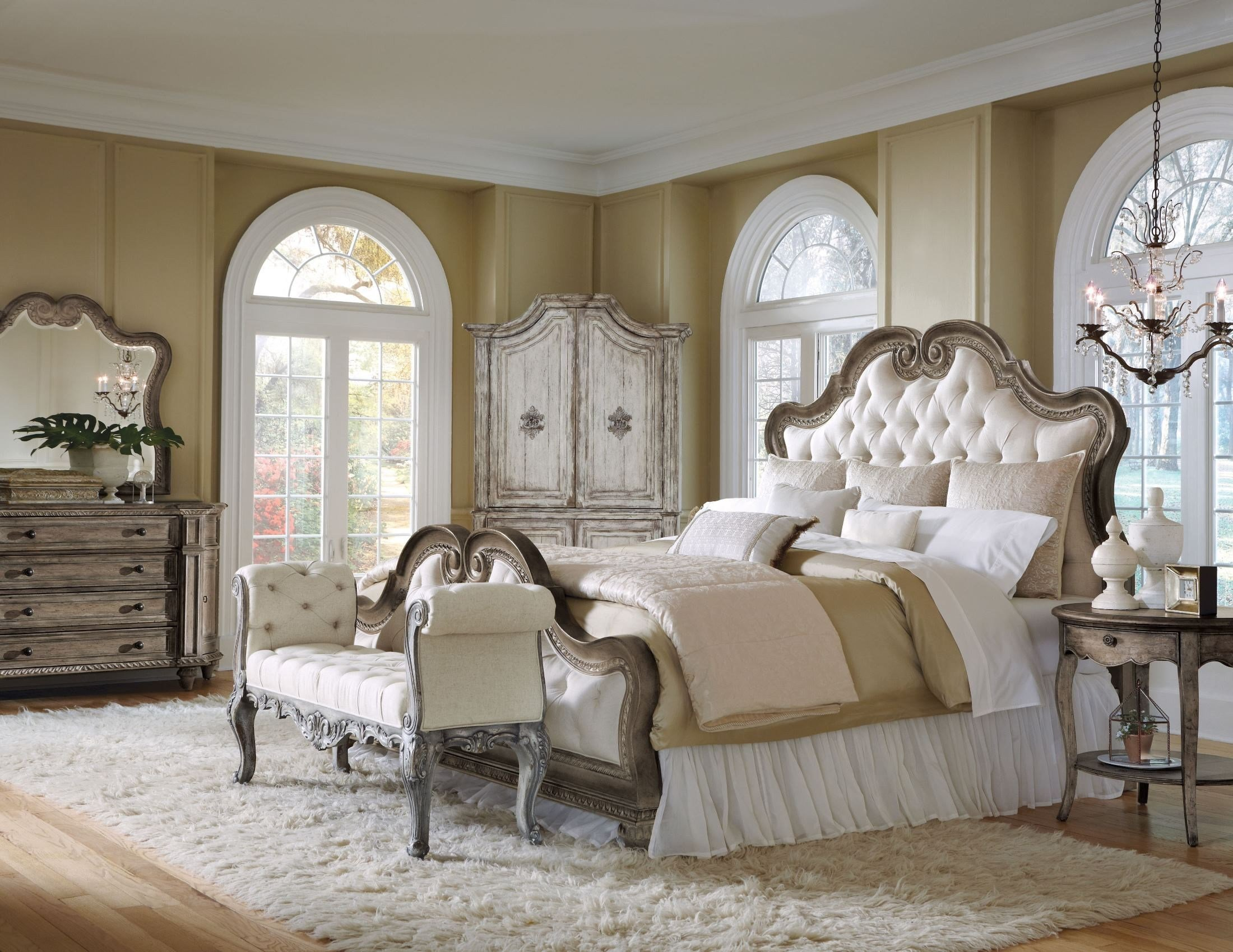 Best Arabella Upholstered Bedroom Set From Pulaski 211170 With Pictures