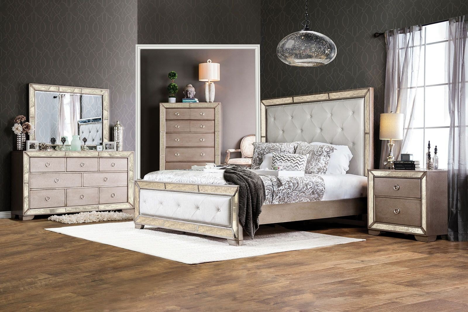 Best Loraine Silver Upholstered Panel Bedroom Set Cm7195Q With Pictures