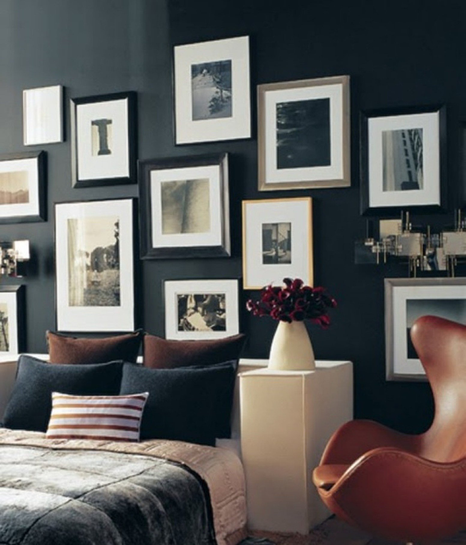 Best Art Of Hanging Pictures On The Wall Wall Photo Display With Pictures