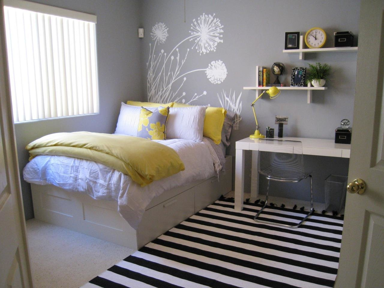 Best Gray Master Bedrooms Ideas Home Remodeling Ideas For With Pictures