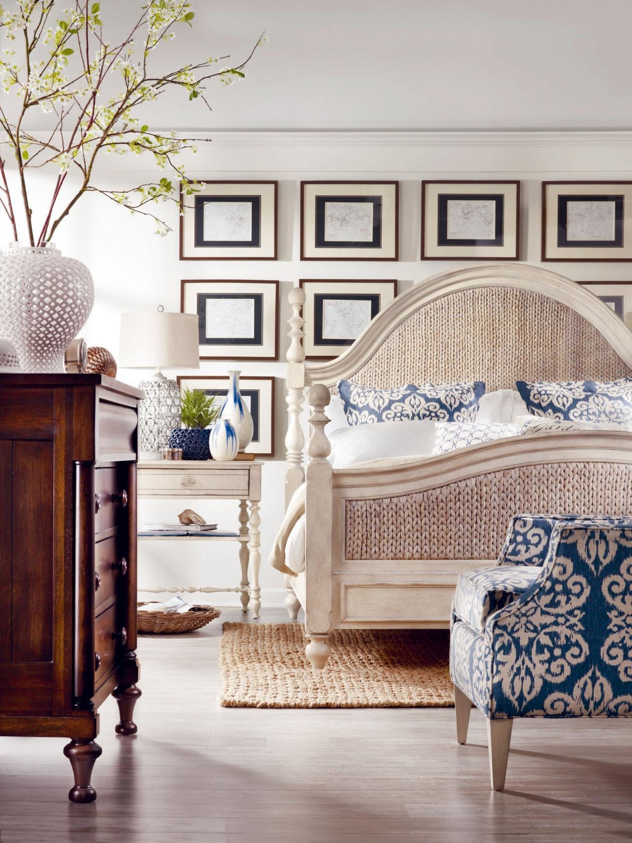 Best Coastal Inspired Bedrooms Bedrooms Bedroom Decorating With Pictures