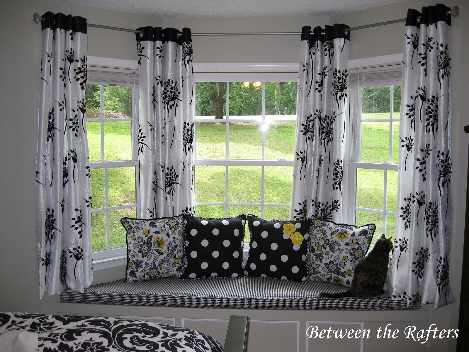 Best Curtain Rods For Bay Windows Homesfeed With Pictures