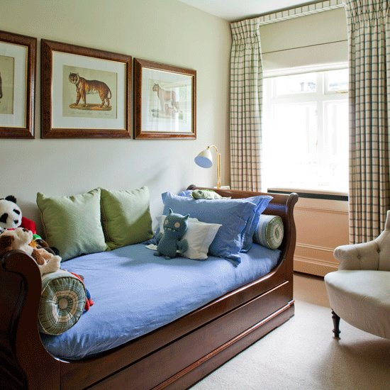 Best Striking Designs For Guest Bedrooms Guest Bedroom Design With Pictures