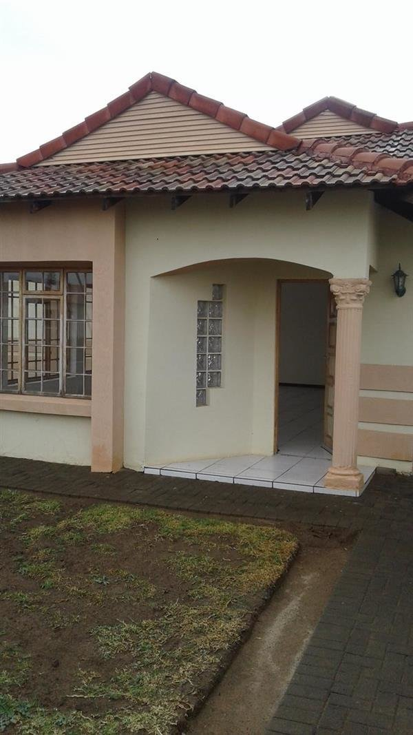 Best Property And Houses To Rent In Mandela View Bloemfontein With Pictures