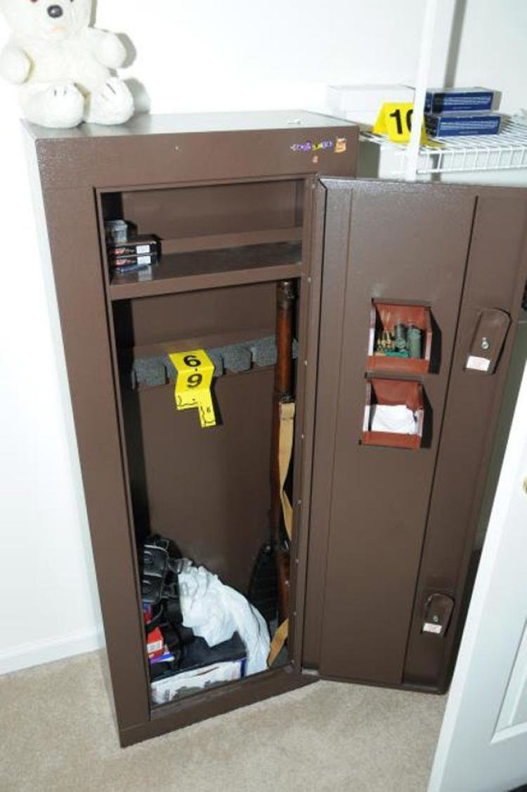 Best Inside Newtown Shooter Adam Lanza S Lair Ny Daily News With Pictures