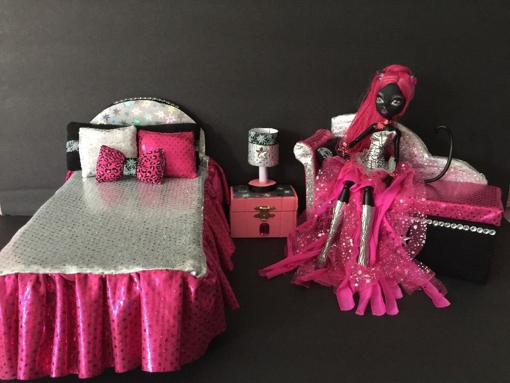 Best Monster High Furniture Bedroom Set Catty Noir Bed Sofa With Pictures