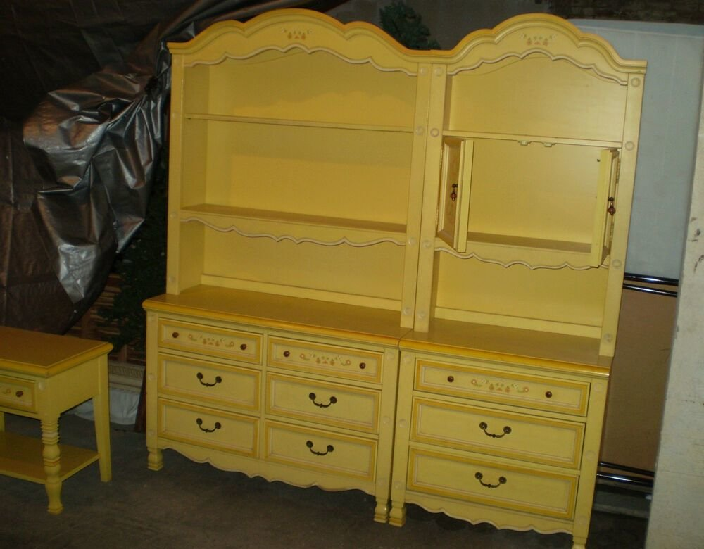 Best Vintage Little Girl S Stanley Bedroom Furniture With Pictures