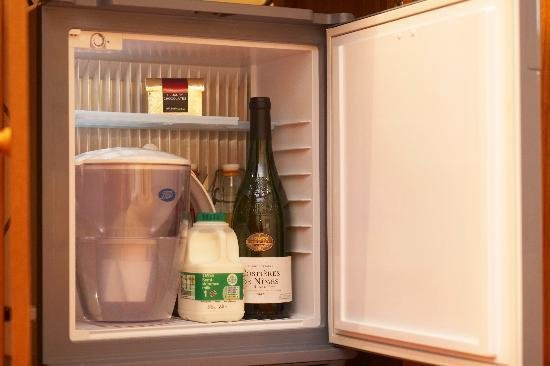 Best There Is A Fridge In Each Bedroom With Pictures