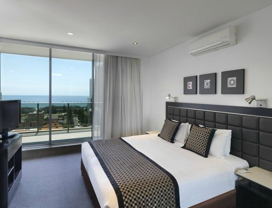 Best 3 Bedroom Apartment Picture Of Meriton Serviced With Pictures