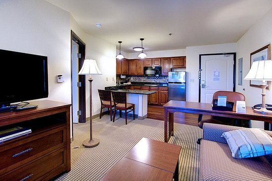 Best 1 Bedroom Suite With Pictures