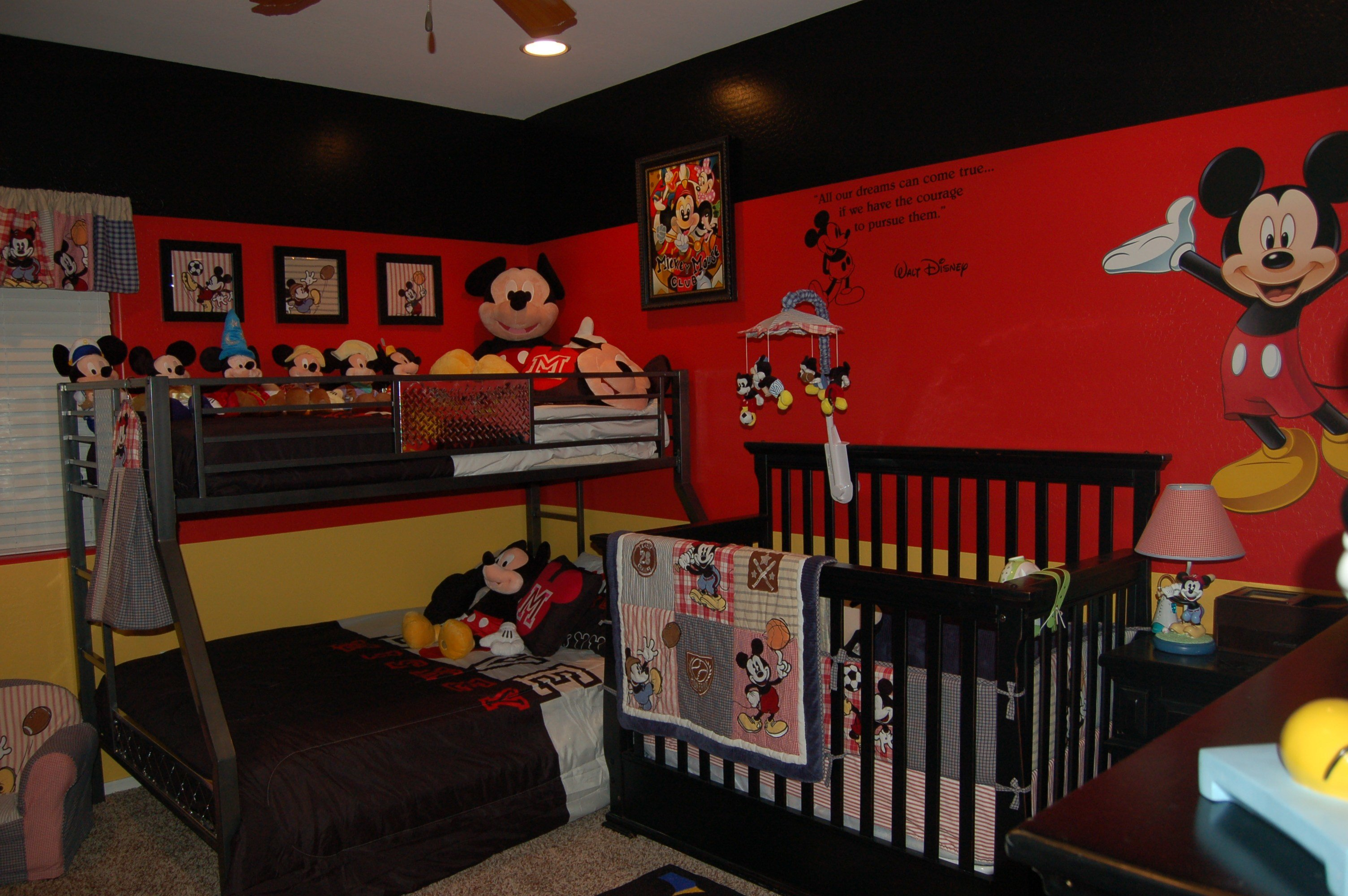Best Absolutely 12 Spectacular Mickey And Minnie Mouse Bedroom With Pictures
