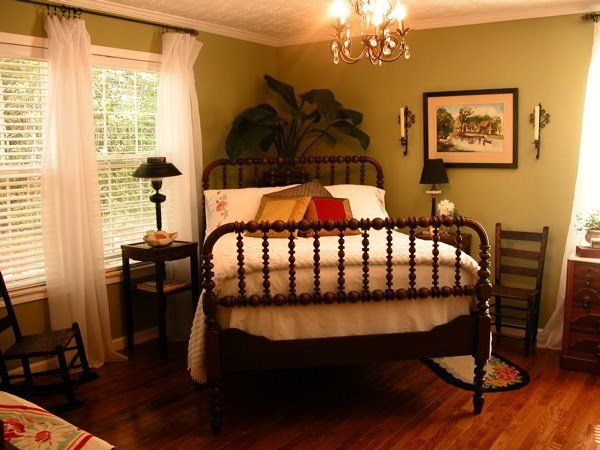 Best Bed Positioned On Angle In The Corner Of Bedroom With Pictures