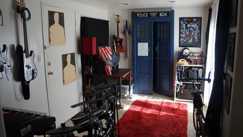 Best N*K*D Ch*Cks Beer Fire Dendrohydrology Tardis Doorway With Pictures