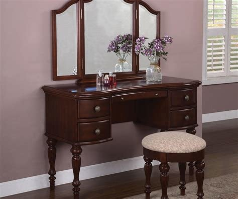 Best Thrifty Lighted Makeup Vanity Table Lighted Makeup Vanity With Pictures