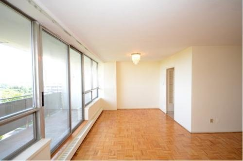 Best 1 Bedroom Apartments For Rent At 1 Canyon Ave North York With Pictures